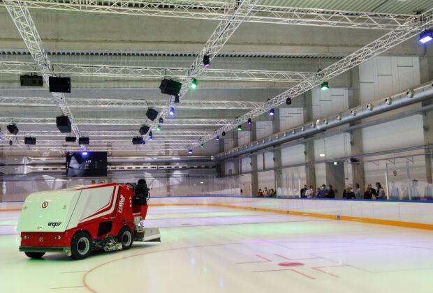 Einweihung Eissporthalle Düsseldorf Benrath