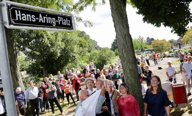 Hans-Aring-Platz in Düsseldorf Wersten