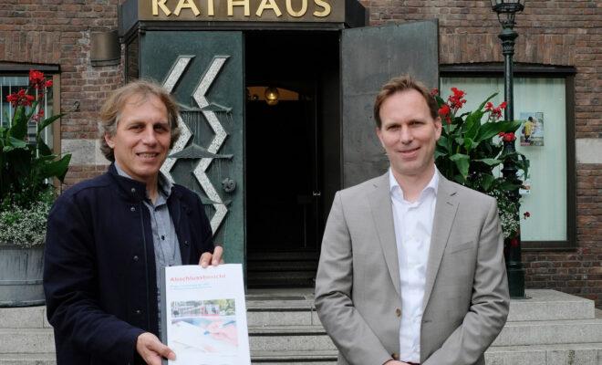 Düsseldorf Dezernent Jochen Kral und Florian Reeh, Leiter des Amts für Verkehrsmanagement.