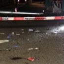 Am Burgplatz in Düsseldorf wurde ein Mann lebensgefährlich verletzt